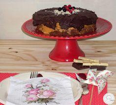 Coisas simples são a receita ...: Bolo de chocolate com mousse de amendoim