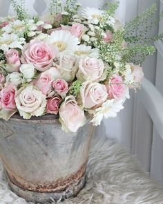 Zinc and Spring Flowers - a rusty zinc bucket filled with a bouquet of pink and white roses, daisies and mums - via Vibeke Design Amazing Flowers, Fresh Flowers, Beautiful Flowers, Pretty Roses, Deco Floral, Arte Floral, Floral Design, Little Flowers, My Flower