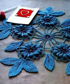 Beautiful decorative napkin - knit crochet