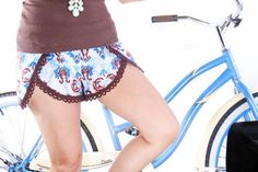 Pinwheel DIY Shorts Pattern | AllFreeSewing.com