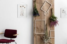 Minimalist Frames And Poster Hangers From Moebe