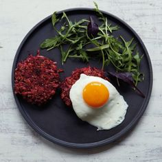 Beetroot and quinoa burger - Red Online