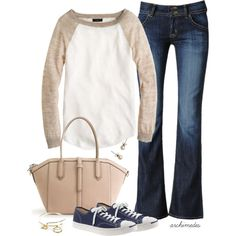 Love this baseball style lightweight sweater and the color combo. It looks perfect for all seasons and so soft comfy Stylish Outfits, Cute Outfits, Fashion Outfits, Fall Winter Outfits, Autumn Winter Fashion, Soccer Mom Outfits, Mom Style, Girl Style, Get Dressed