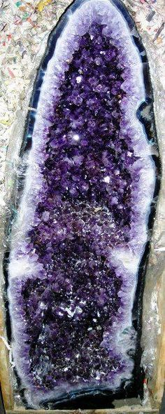 Geode Amethyst Cathedral decor... in my dreams