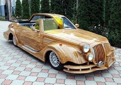Wooden car from the Ukraine. In Urkraine, wooden car drives you! Strange Cars, Weird Cars, Cool Cars, Crazy Cars, Strange Things, Cool Car Paint Jobs, Hot Rods, Vintage Cars, Antique Cars