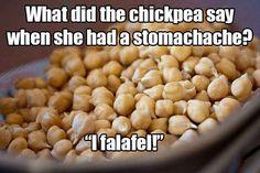 What do you call a gecko when he throws down a mean rhyme? A rap-tile! Get more yuks here. Puns Jokes, Stupid Jokes, Corny Jokes, Vegetarian Humor, Vegan Humor, Vegan Puns, Thanksgiving Jokes, Clean Jokes, Bad Puns