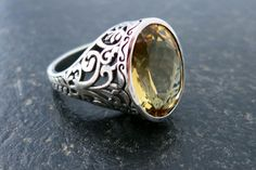 Citrine semi precious stone in oxidized shiny 925 silver