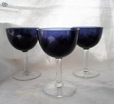 Saara Hopea Nuutajärvi liköörilasit 3 kpl Red Wine, Wine Glass, Alcoholic Drinks, Retro, Tableware, Vintage, Eggs, Dinnerware, Tablewares