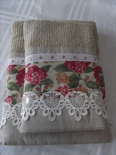 Dish Towels, Hand Towels, Tea Towels, Sewing Crafts, Sewing Projects, Egyptian Cotton Duvet Cover, Bathroom Towel Decor, Crochet Lace Edging, Bohemian Bedroom Decor