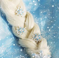 snow hairpins JYF for Movies Frozen Snow Queen Elsa Cosplay Costume wig Frozen Snow Queen, Elsa Frozen, Frozen Hair, Disney Frozen, Frozen Birthday Party, Frozen Party, Frozen Wedding, Costume Wigs, Cosplay Costumes