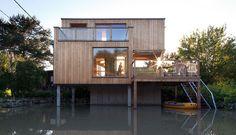 Kleingartenhaus in Klosterneuburg, entworfen von Schuberth und Schuberth ZT KG Style At Home, Modern, Cabin, Live, House Styles, Outdoor Decor, Tiny Houses, Inspiration, House Ideas