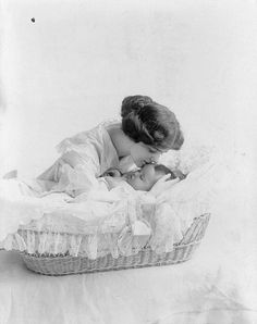 How to Clean a Wicker Bassinet