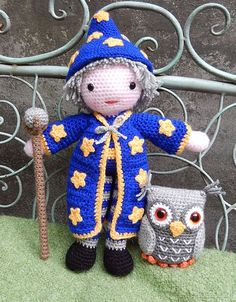 Merlin the wizard and Hoots the owl amigurumi crochet pattern by Janine Holmes at Moji-Moji Design