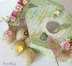 bird house with eggs
