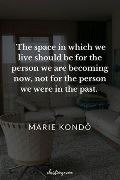 What Your Clutter is Trying to Tell You Marie Kondo (KoniMari) Quote about clutter and organization Great Quotes, Quotes To Live By, Me Quotes, Motivational Quotes, Inspirational Quotes, Wisdom Quotes, Note To Self, Decluttering, Life Lessons