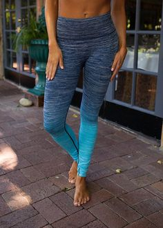 Online boutique. Best outfits. Relaxing Ombre Yoga Leggings Blue - Modern Vintage Boutique