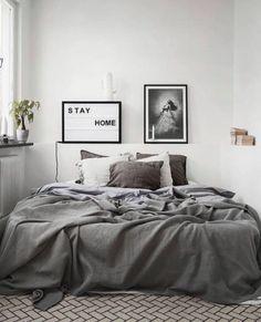 Minimalist Home Design Tiny Houses minimalist bedroom decor colour.Minimalist Home Design Kitchen White minimalist bedroom ikea minimalism. Home Decor Bedroom, Minimalist Bedroom Color, Interior Design Bedroom, Minimalist Bedroom Design, Kitchens And Bedrooms, Home, Interior, Minimalist Home, Home Decor