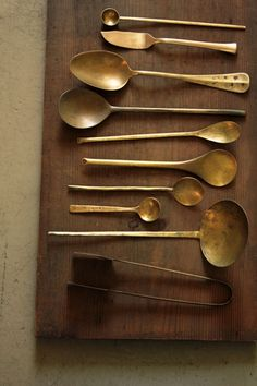 Brass Spoon | IRRE Rustic Kitchen, Country Kitchen, Vintage Kitchen, Kitchen Decor, Contemporary Tea Sets, Happy Anniversary Cakes, Food Photography Props, Collections Of Objects, Kitchenware