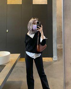 Modern Hijab Fashion, Street Hijab Fashion, Hijab Fashion Inspiration, Muslim Fashion, Fashion Outfits, Casual Hijab Outfit, Cute Casual Outfits, Simple Outfits, How To Pose