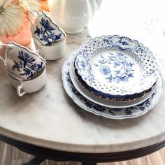 """Famous China Patterns vintage lovely blue danube onion oval serving bowl 10"""""""
