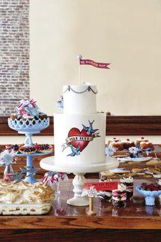 rockabilly inspired wedding cake & decorations