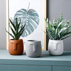 Clay Art Projects, Ceramics Projects, Clay Crafts, Ceramics Ideas, Ceramic Flower Pots, Ceramic Planters, Planter Pots, Objet Deco Design, Keramik Design
