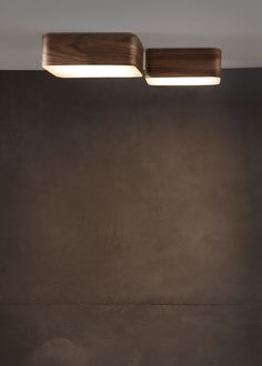 Wooden wall and ceiling lighting By Tunto Design