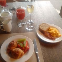 Champagne breakfast at #ilborro... #ilborroexperience #wedding