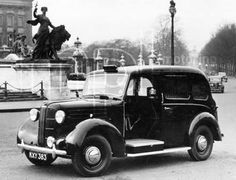 FX 3 by Buckingham Palace.   The FX3 was offered with a 2.2litre ohv petrol engine and an all-steel body from Carbodies. It was available from 1948-1958. The first prototype FX3, JXN 841 went on test alongside the FX2, JXN 842. Aftermarket Perkins and Standard diesel engine conversions prompted Austin to develop their own diesel engine which appeared in 1956. A series of automatic test vehicles in 1957-58, of which two are known to survive. http://ourlondontaxi.blogspot.com/
