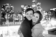 I love the dreamy look of the city lights in the background.  Engagement photo, Chicago.  Photo by David Ettinger.  http://davidettinger.com