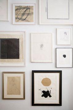Neutral gallery wall #gallerywall #neutral #wallart