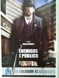 Un cartel en el registro civil de Madrid