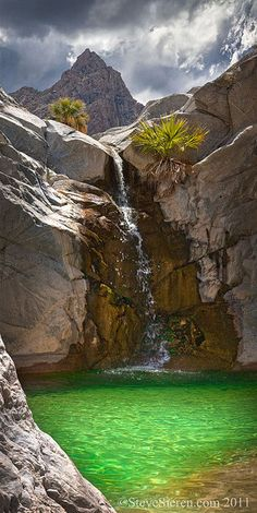 Summer monsoon clouds over an emerald pool and waterfall in Baja California, Mexico. 💐🌷🌵🌻 The Emerald Pool and Waterfall @ Baja California, Mexico Places Around The World, The Places Youll Go, Places To See, Around The Worlds, Dream Vacations, Vacation Spots, Vacation Rentals, Amazing Nature, Belle Photo