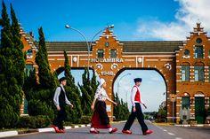 Holambra, Brasil - Cidade que remete a Holonda, com passeios e muitas flores lindas