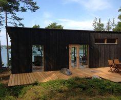 kesäpaikka saaristossa | leenakemell.fi Weekend House, Wood Architecture, Tiny House, Small Houses, Farm House, Exterior Siding, Building A House, Shed, Outdoor Structures