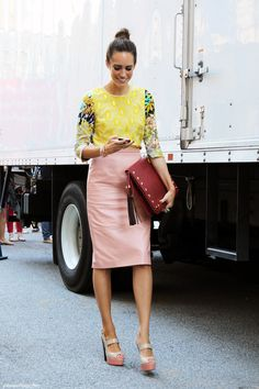 Street style - Chic and Simple - The Yellow and Pink
