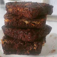 Brownies? Mata tus antojos con nuestras delicias. Delivery 507 6629-8138 #brownie #browniespanama #sabiasque #panama #pty #deliverypty #sweetlovers #yes #cacao #tentacion #507 #hechoconamor #kids #sabor #cute #sabado #lomejordepanama