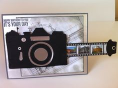 Camera card with a pull out filmstrip. Photos printed on strip. Camera card with a pull out filmstrip. Photos printed on strip. 21st Birthday Cards, Handmade Birthday Cards, Birthday Diy, Tarjetas Diy, Camera Cards, Interactive Cards, Film Strip, Marianne Design, Pop Up Cards