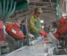 Producción de mármol en Isla de Pinos, Cuba   La pinera Fe del Carmen afirma que ha tramitado su queja con las autoridades territoriales de Medio Ambiente, con el Gobierno municipal y con Higiene y Epidemiología Municipal, pero todo sigue igual.