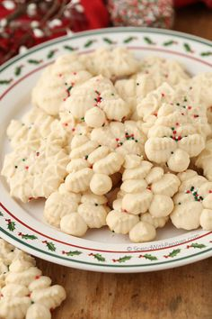 Easy Shortbread Cookies (Cookie Press) 1 cup unsalted butter, softened ½ teaspoon vanilla ½ cup powdered sugar ½ cup cornstarch pinch of salt 1½ cups all purpose flour
