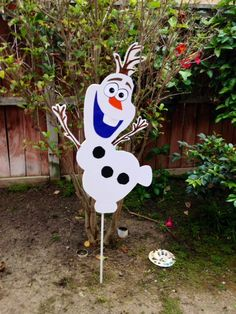 We Could make this!  Olaf Party Decoration Over 3 feet tall by WonderlandCraftsToGo, $60.00