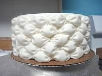 Billowing Tutorial by thejoyof}cake.