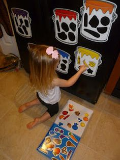 Mama to 4 Blessings - Our Homeschool Blog: SPLASH OF COLOR MAGNETIC SORTING SET BY LEARNING RESOURCES