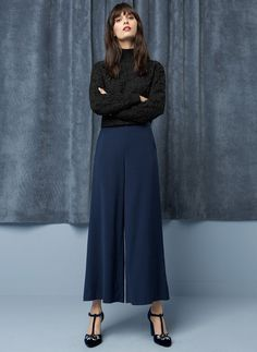 Time for Fashion » Christmas Outfits: Company Dinner. Black turtleneck elegant sweater+navy culotte pants+navy velvet ankle strap heels. Christmas Company Dinner Outfit 2016