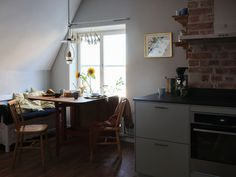 A Cozy Scandinavian Attic Apartment With Canal Views - The Nordroom