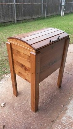 All wood ice chest! Pallet Cooler, Wood Cooler, Patio Cooler, Outdoor Cooler, Cooler Stand, Ice Chest Cooler, Cooler Cart, Beer Cooler, Wooden Ice Chest
