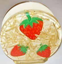1960s 70s VINTAGE RETRO RESIN LUCITE STRAWBERRY STRAW NAPKIN OR LETTER HOLDER