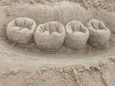 Sandy Teeth  #DentalArt #howardfarran Google+
