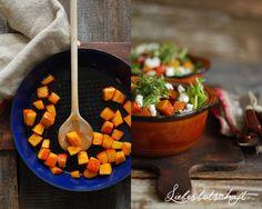 Salat mit karamellisierten Kürbisstückchen