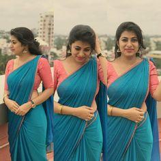 Book your orders now . Cotton Saree Blouse Designs, Bridal Blouse Designs, Floral Blouse, Mode Bollywood, Bollywood Fashion, Bollywood Style, Sari Design, Saree Dress, Chiffon Saree